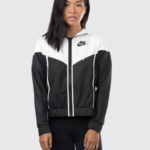 Nike Windrunner - Brand New